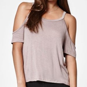 NWOT Relaxed Cold Shoulder Top