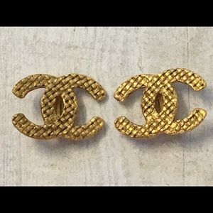 Chanel quilted earrings
