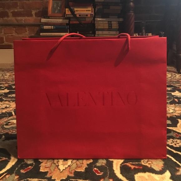 Authentic Valentino Shopping Bag fits Shoe Box 5f23eb024a9