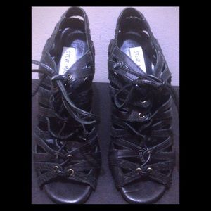 Steve Madden Shoes - Steve Madden Corset Lace Up Sandals - Size 8