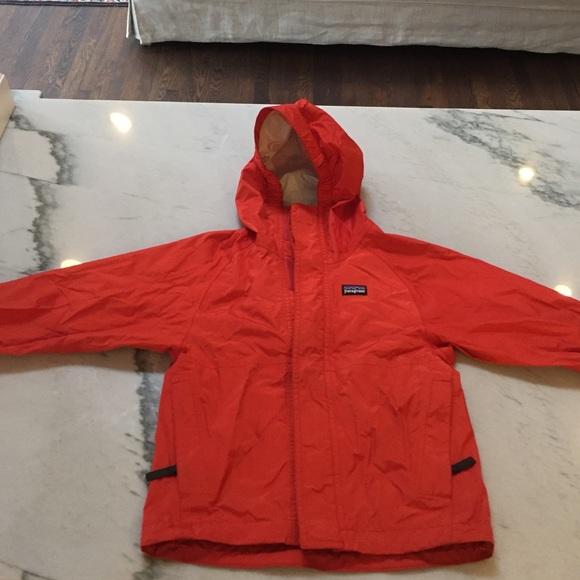 6282e99c7 Kids Patagonia rain jacket size 3-4 XXS. M_58234312713fded7e20713db