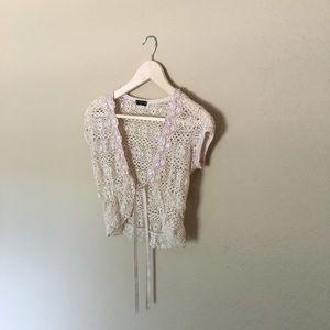 fang Sweaters - 🍍White Cream Shrug🍍