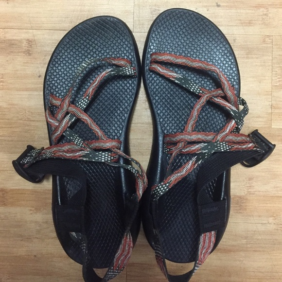 fbcc58cb56fc Chaco Shoes - Chacos