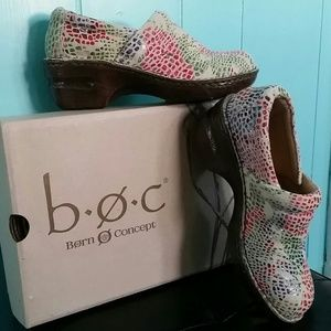 "b.o.c. Shoes - Peggy"" Work Clogs- Floral Print/Off Wht"