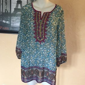 Boho romantic peasant top size medium