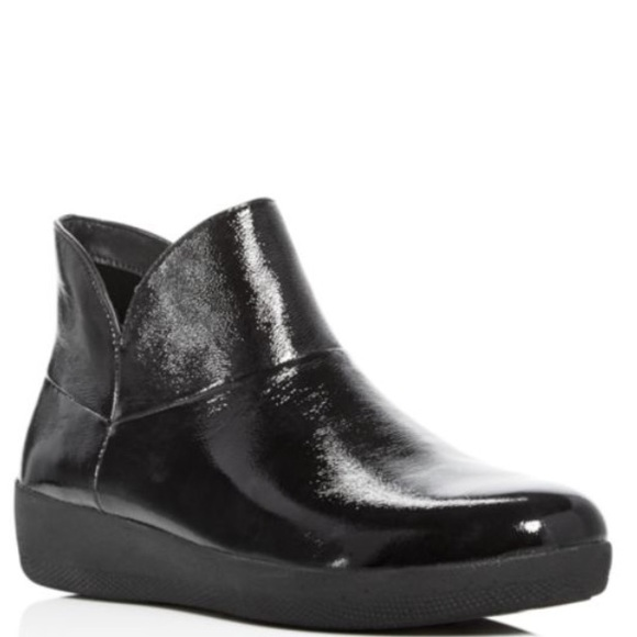 91989be7b88b61 FitFlop Supermod Leather Ankle Boots In Black.