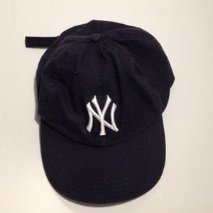Accessories - 'Yankee' fitted cap