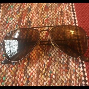 Ray-Ban Accessories - Ray Ban bronze aviators with brown lenses