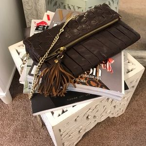 Urban Expressions Handbags - Woven fold over clutch w/ detachable chain strap