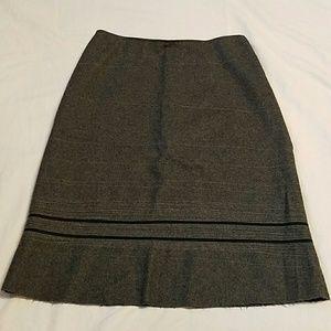 "Tahari Gray Wool Lined Embellished Skirt S 28"" W"