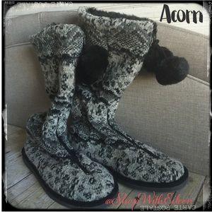 Acorn Shoes - 🆕 ACORN Front zip pom-pom slipper boot!