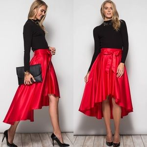 Boutique 💐hp Nwt Cream Embroidered Bohemian Beach Skirt