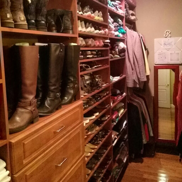 Meet the Posher Other - Hello and welcome to my closet!