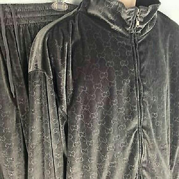 7c66b033e Gucci velour track suit. M_5823dacf56b2d692b000a920