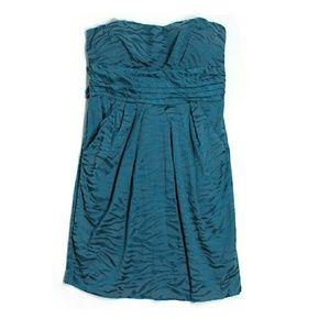 Snap Dresses & Skirts - Blue Tiger Stripe Tie-Back Dress
