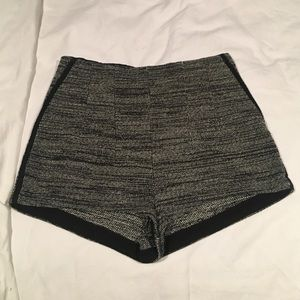 H&M tweed hot shorts size 4 black and white