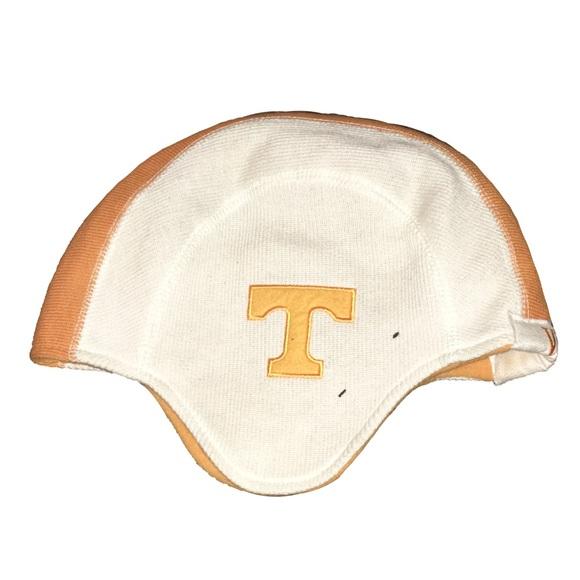 NEW ERA - NCAA - VOLS - Pigskin Helmet Knit Hat. M 582444bd4225bec20e01ebc7 4f2a921d8