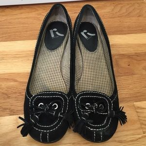 Report Shoes - Black Suede Tassel Flats