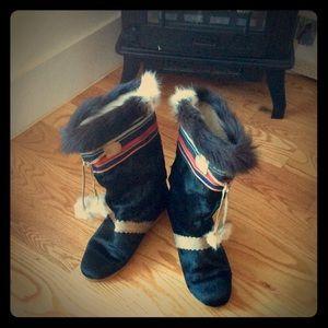 Tecnica Shoes - Vintage Tecnica inuit black fur boots boho hippie