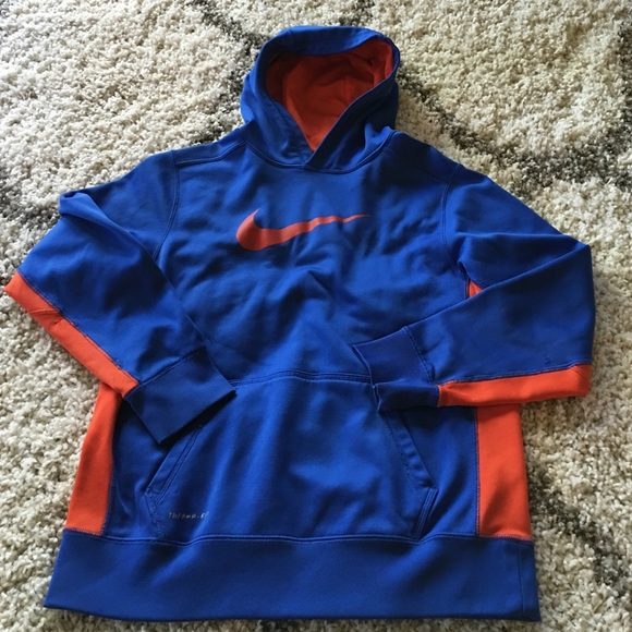 Nike therma fit hoodie boys extra large