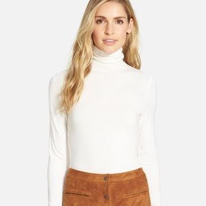 WHITE STAG Turtleneck Long Sleeved Ruched Neck