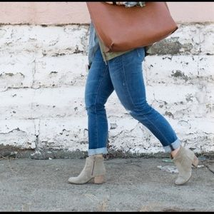 Madewell Denim - Madewell Slim Boyfriend Jeans