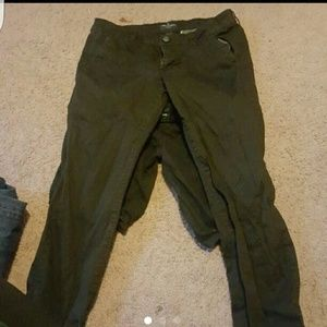 American Eagle Skinny Black Pants
