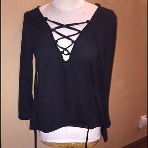 classic Tops - Classic Fashion XL Black Hooded long sleeve shirt