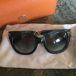 Authentic Tory Burch Green Square Sunglasses