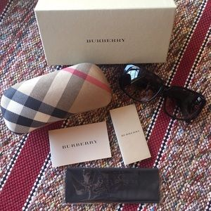 Burberry Accessories - Burberry sunglasses w/ box&case&papers see details