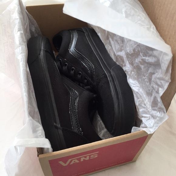 6410bf0593 Vans Old Skool Core Classics in Black