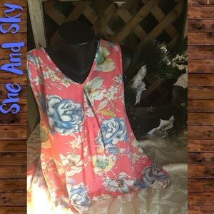 She and Sky Tops - She And Sky Hi Low Floral Top, NWT, Sz Small