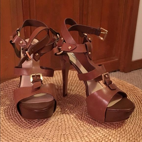 6f3d4744650 GUESS ORMANDI brown leather heels. M 5824f1ae522b45b0ed02e6e6