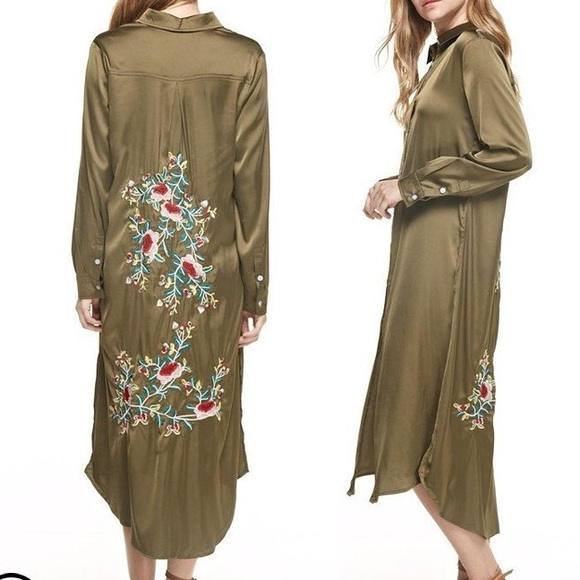 Jackets & Blazers - Silk embroidered robe/duster coat