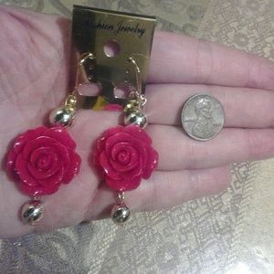 V Styled  Jewelry - Knock- Out Roses Earrings red gold dangle