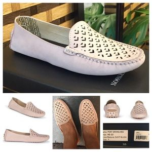 Matt Bernson Shoes - 🎉HP🎉 Beautiful pink perforated driving Mocs