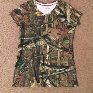 Mossy oak tshirt