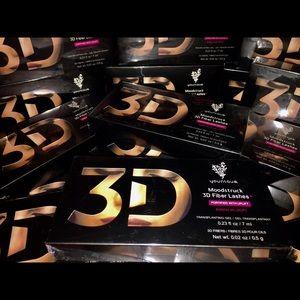 younique Other - Moodstruck 3D Fiber Lashes mascara