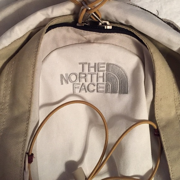 75615391f White/Tan North Face Jester Backpack