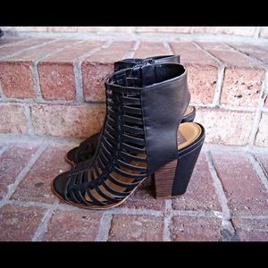 DV caged leather heels black peep toe sandals