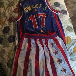 Other - Official Harlem globe trotter jersey and shorts