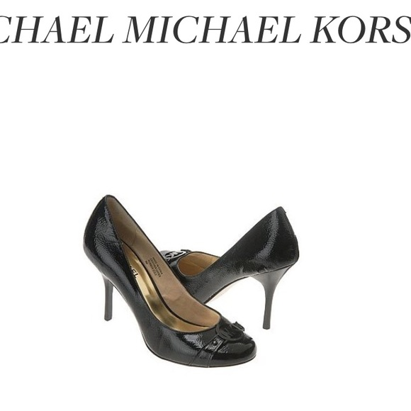 27379b413630 Michael Kors Black Pumps. M 5825f4f47fab3ac18406c1e5