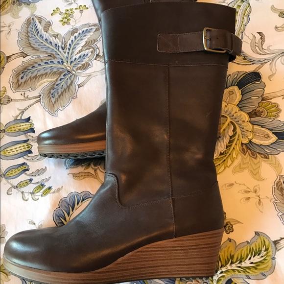 8c811ba32e9 CROCS Shoes - Crocs wedge boots