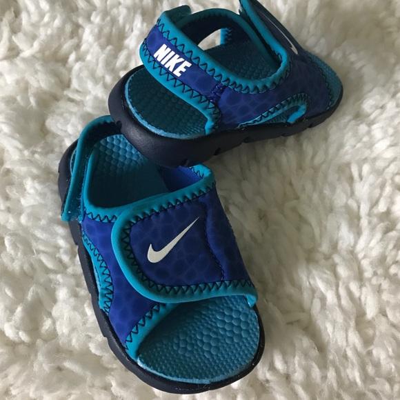 70a48279b Baby boy Nike sandals. M 5825fdd5c6c7950c5106d9c3