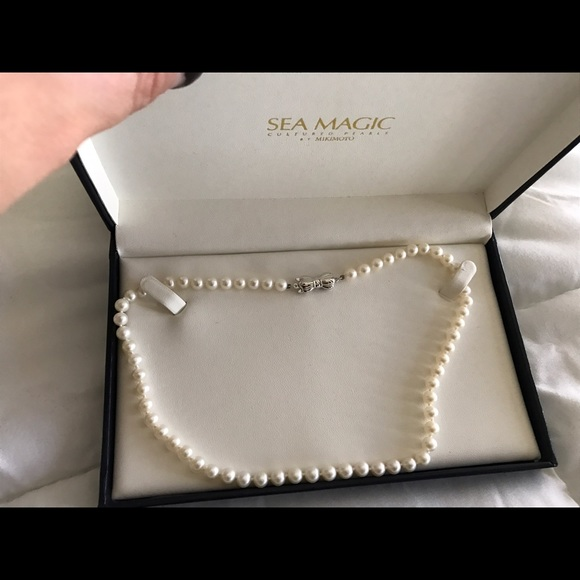 f7a83efe78db8 Sea magic Mikimoto pearls NWT