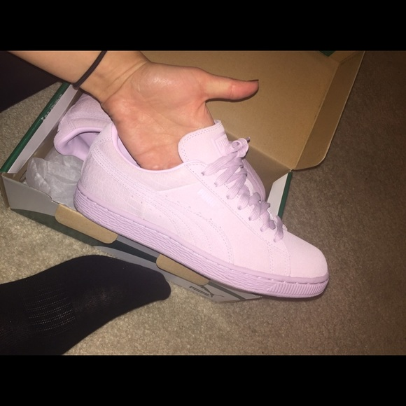 Puma Suede Classic Emboss Sneaker - Lilac