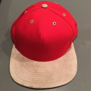 4ffee8f3abe Supreme Accessories - AUTHENTIC SUPREME SNAPBACK