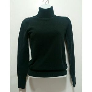 Forever 21 black turtleneck sweater