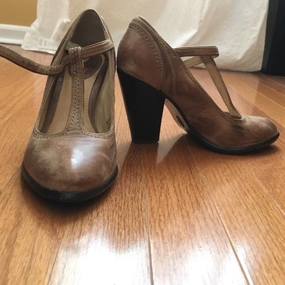 f4782639bb05 Frye Shoes - Frye Betty T-strap heels
