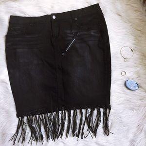 Torrid insider fringe pencil skirt 🌷final price🌷
